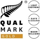 Qualmark_Gold_Award_Logo_Stacked-132